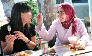 musliman-and-non-muslimah-turkey