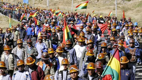 Bolivians Protest Against Glencore